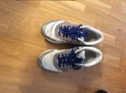 Nike Air Mädchenschuhe Größe 36