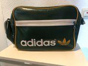Adidas Umhängetasche grün