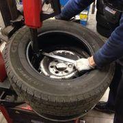 Reifenmonteur gesucht