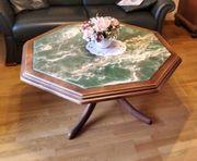 Tisch mit Onyx-Tischplatte