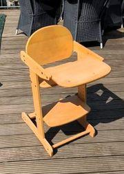 Verstellbarer Kinderhochstuhl aus Holz