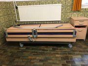 Neuwertiges Pflegebett