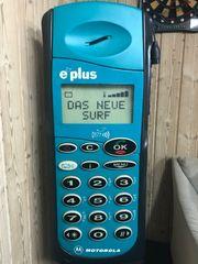 Riesiges Handy von Motorola mit