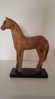 Holzpferd aus Hartholz