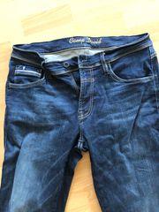 Camp David Hose Jeans W33
