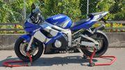 Yamaha YZF R6 blau weiß