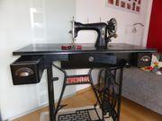 Nähmaschine von Mundlos mit Original