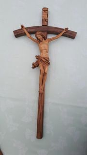 Kruzifix Herrgott mit gebogenem Kreuz