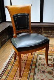 3 Stühle mit Lederbezug Stilmöbel