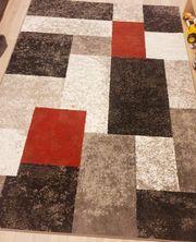 Neuer Teppich 160x220
