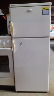 Kühlgefrierschrank 50x124x57 - HH110512