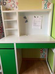Schreibtisch Ikea Micke mit Regalaufsatz