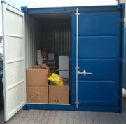 Lagerraum Abstellraum im Lagercontainer zu
