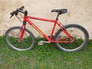 VOLVO F 700 - Fahrrad zu