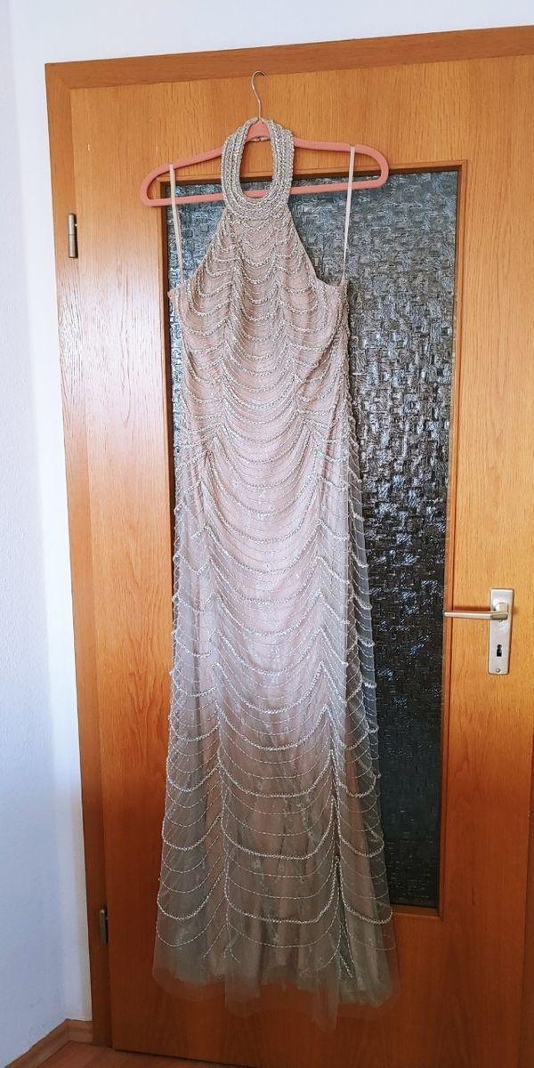 Ungetragen hochwertiges Kleid aufwendig verziert