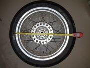 Motorrad Felge mit Reifen 17