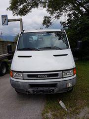 Sattelzugmaschine Iveco Daily 50C15 und