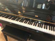 Klavier schwarz