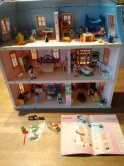 Playmobil Puppenhaus mit Einrichtung