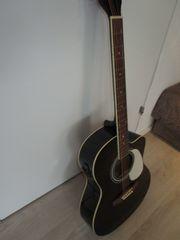 Westerngitarre mit Tonabnehmer und EQ