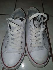 Stark getragene Schuhe
