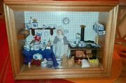 Puppenküche im Schaukasten