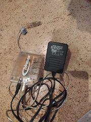 USB Hub Typhoon Links Together