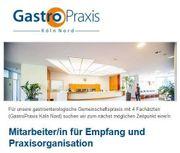 Mitarbeiter für Empfang und Praxisorganisation