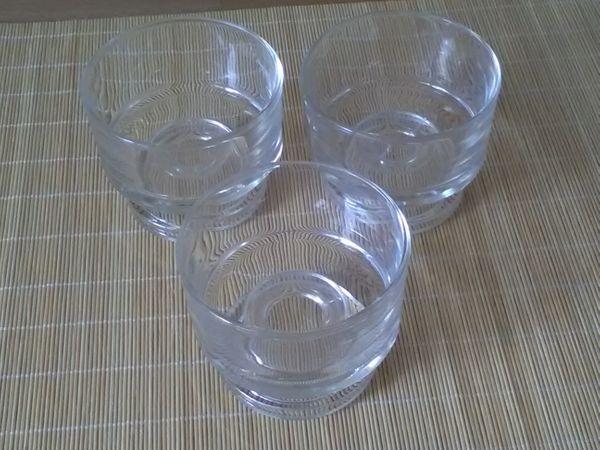 Glasschalen - Rödermark Urberach - 5 Dessertschalen aus Glas.Privatverkauf. Keine Garantie. Keine Rücknahme.Nur Abholung - Rödermark Urberach