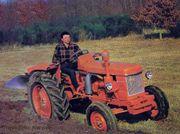 traktor bulldog renault