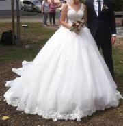 Prinzessinnen-Brautkleid mit Schleppe