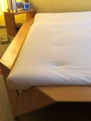 Bett und Matraze zu verkaufen