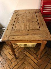 Arbeits- oder Küchentisch antik