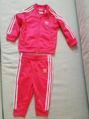 Jogginganzug Baby Gr 80 9-12
