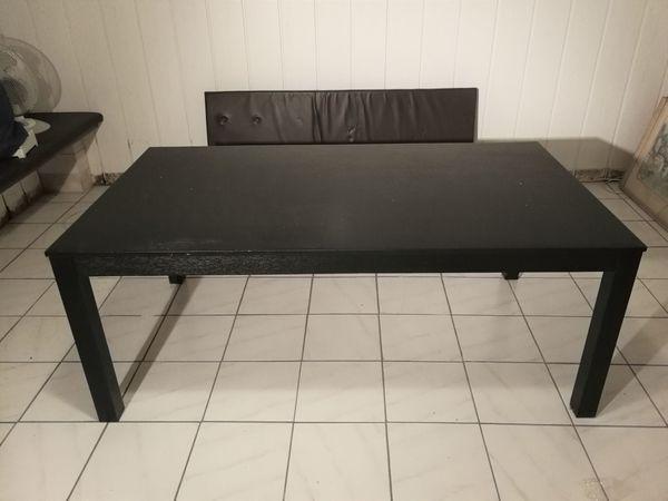 IKEA Wohnzimmertisch schwarz zu verschenken