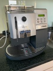 Saeco Royal Cappuccino Kaffeemaschine Vollautomat