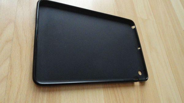 Neuwertiger Softcover für iPad mini