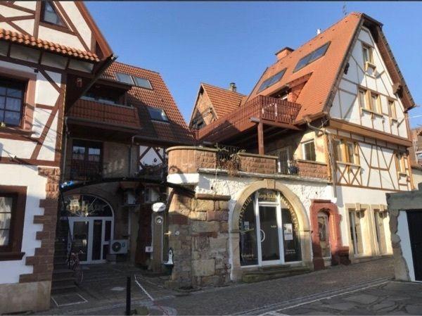 Stilvolles Wohn- und Geschäftshaus mit