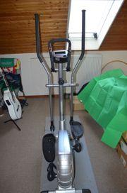 Crosstrainer Q900 von TCM