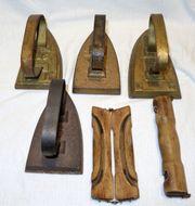 Bügeleisen antik 4 Stück zwei