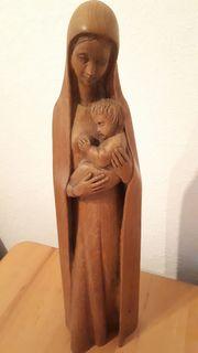 Heilige Madonna mit Jesuskind handgeschnitzt