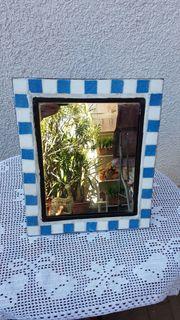 Neuwertiger Spiegel im mediterranen Stil