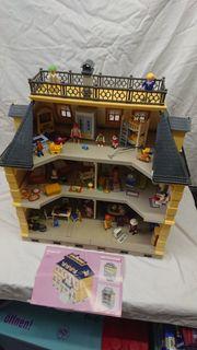 Playmobil Großes Haus mit Familie
