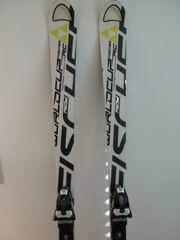 Riesentorlauf Ski Fischer Worldcup Aircarbon