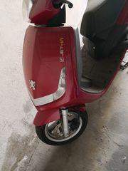 Roller Peugeot Viva City