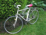 sportl Herrenrad schmale gute Reifen
