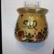 Kleiner Salztopf aus Keramik