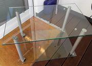 Glastisch mit Rollen 80 x
