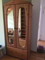 Hochwertiger Garderoben-schrank Echtholz mit Spiegel