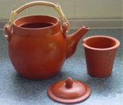 Teekanne aus Ton NEU und